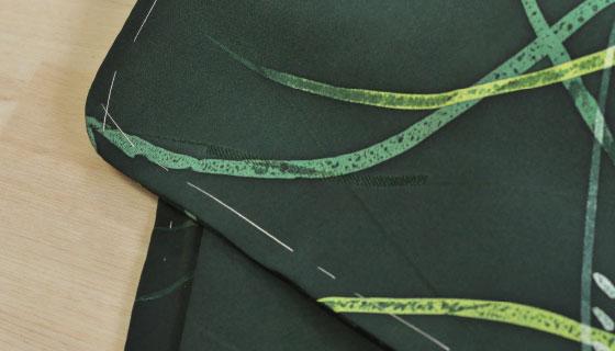 しつけ糸がついた着物